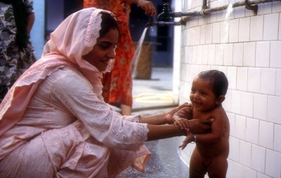 Sikh woman and her daughter- Golden temple-Amritsar-India